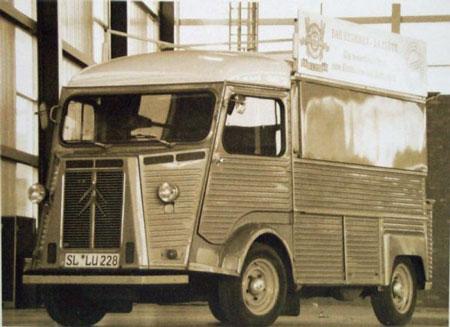 """Der Citroen Typ """"HY"""" ist noch immer im Besitz der Baguette-Bäckerei W. Stahmer"""